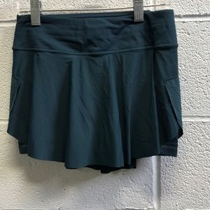Lululemon teal skirt, sz 2, 63456